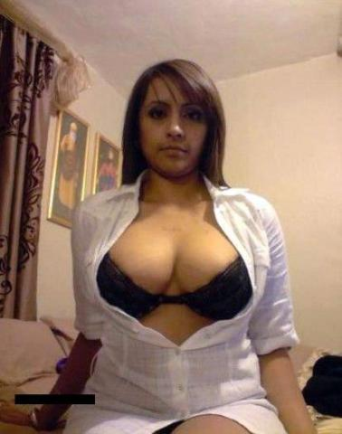 Call Girls in Karol Bagh
